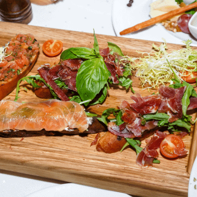 Meat vs. Seafood: Which one is the best?