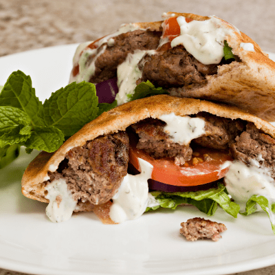 Spiced lamb burger with yogurt and fresh beetroot relish